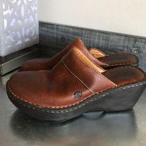 Born brown mule clog size 7